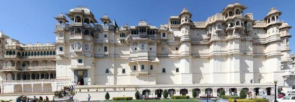 City-Palace-My-Taxi-India.jpg