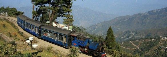 Darjeeling-Himalayan-Railway-My-Taxi-India
